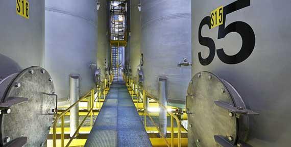 Hulpstoffenfabriek-silos-(570px)